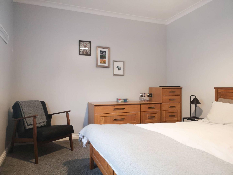 Marina Apartment, Penarth CF64 1SH