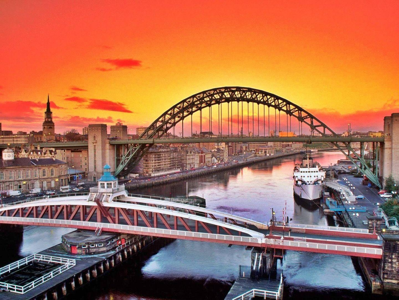 Quayside, Newcastle Upon Tyne NE1 2AQ